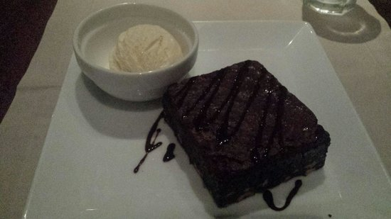 Sugar Bistro & Wine Bar : Chocolate brownie