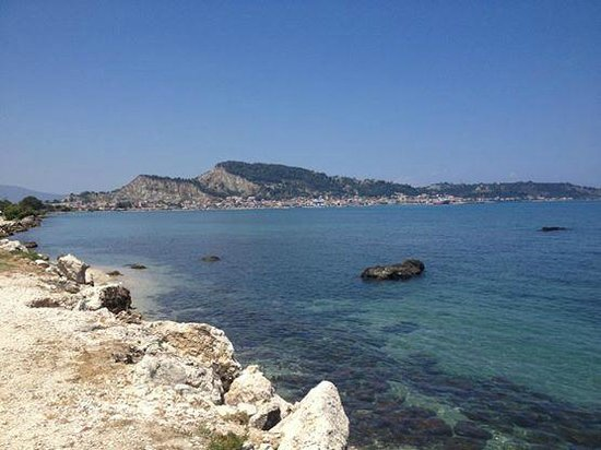 Katerina Palace Hotel : View on the walk over to Zante Town