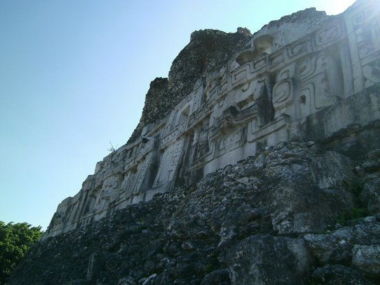 Xunantunich: stella on El Castillo