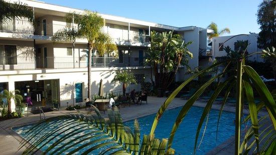 La Quinta Inn & Suites Santa Barbara: Pool