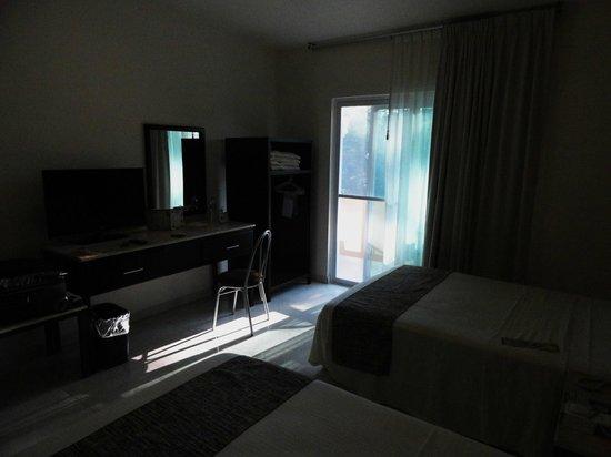 Hotel Chablis Palenque: Muy amplias las habitaciones