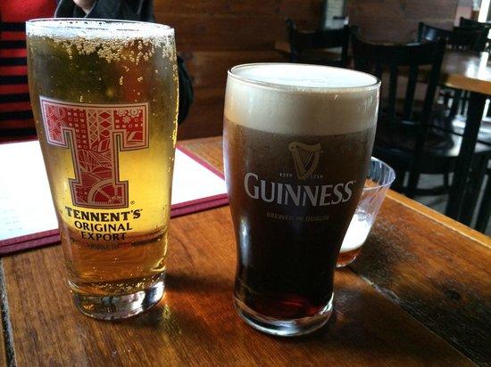 MacLaomainn's Scottish Pub: Great Brew.....