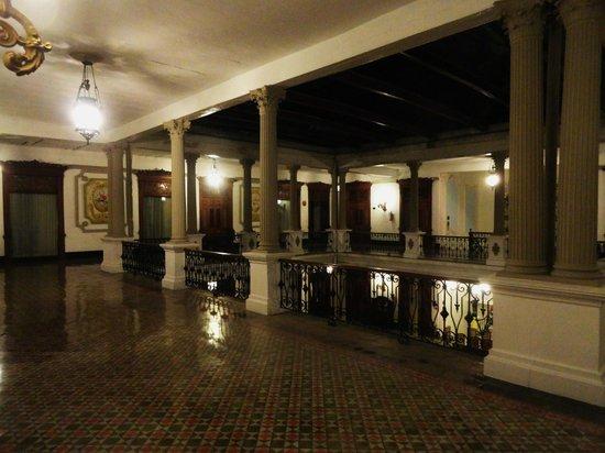Gran Hotel de Merida: pasillos del hotel