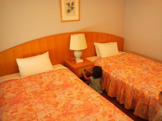 Hotel Kyocera : 13.09.21【ホテル京セラ】ベッド