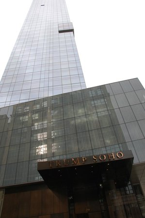 Trump SoHo New York: Vista del hotel