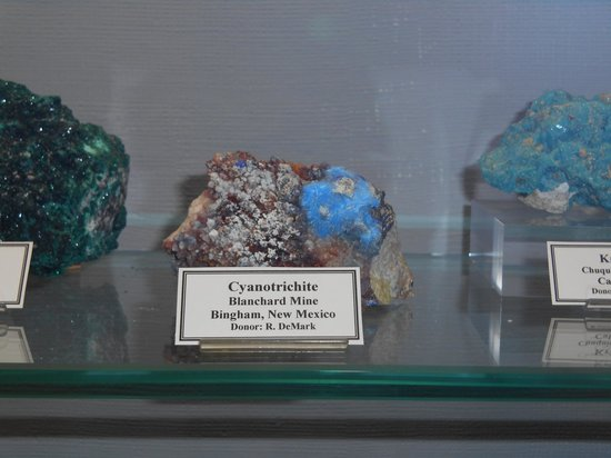 Mineral Museum of Michigan: More at the Mineral Museum