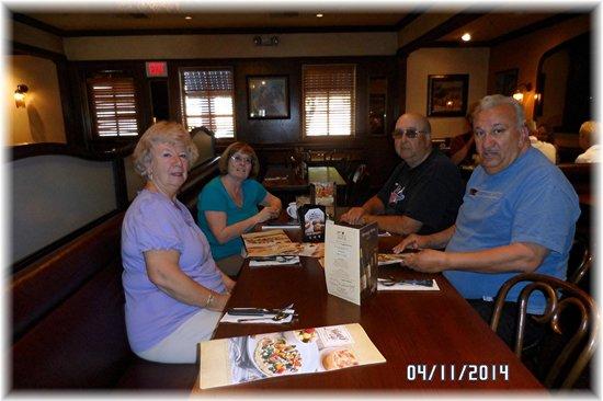 Mimi's Cafe: Moe  Carole George Loretta Jim  Mim's !!