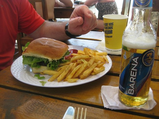 Thirsty Turtle Bar and Grill: burger