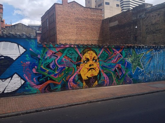 Bogota Graffiti Tour: Just one of the many examples of impressive art