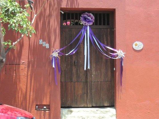 Bed & Breakfast at the Oaxaca Learning Center : Easter doorway Oaxaca