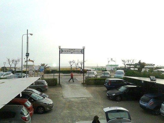 Hotel Derby: Parcheggio gratuito
