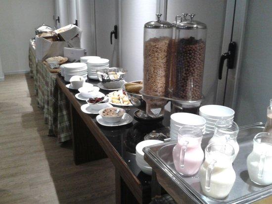 Regency Golf Hotel: Café da manha