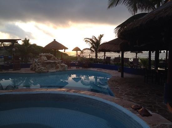 Sunrise, Villa La Bella style