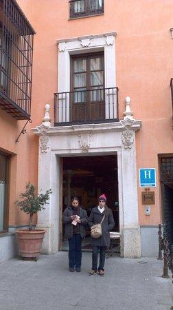 NH Granada Centro: fachada
