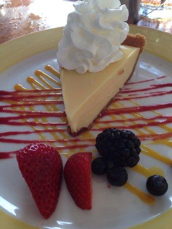 Morada Bay : Key lime pie? Yes please !
