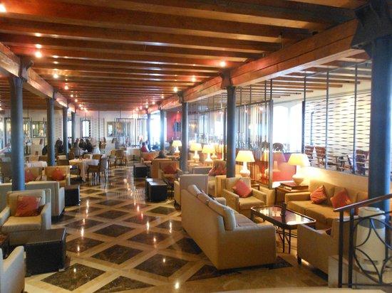 Hilton Molino Stucky Venice Hotel: The lobby restaurant