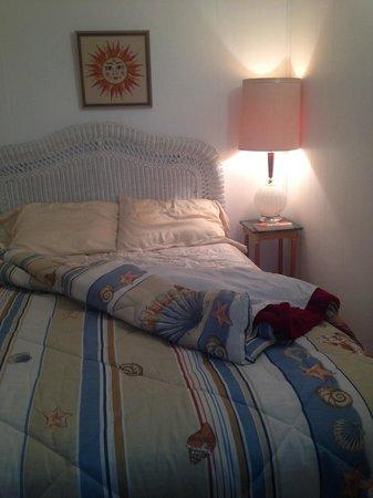 Westerly Motel: Sleeper Unit.