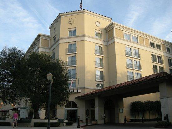 Hyatt Regency Valencia: Property Exterior