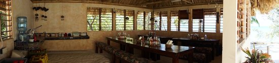 Off The Wall Dive Center & Resort : Dining room