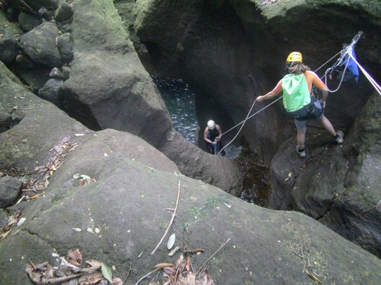 Canyon Speleo Caribbean: Titou downstairs, the entrance