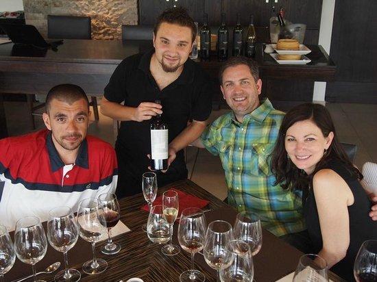 Gustavo Delucchi Wine Tours: Wine Tasting