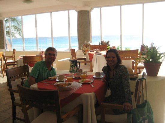 Mía Cancún: breakfast with a  view!