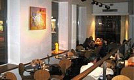 Photo of Italian Restaurant Pizza Express at 402-404 Union Street, Aberdeen AB10 1TQ, United Kingdom