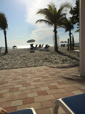 The Hotel Sol: beach