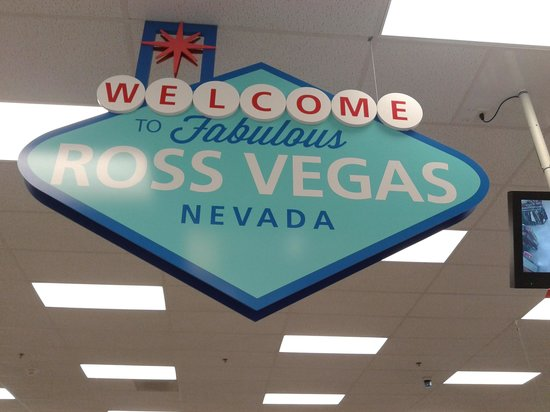 Las Vegas North Premium Outlets : ingreso a ross