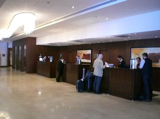 Budapest Marriott Hotel: Reception/Front Desk area