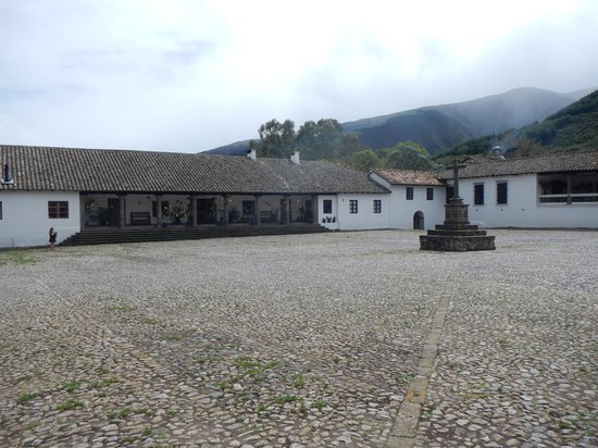 Hacienda Zuleta: Courtyard & Parking Area