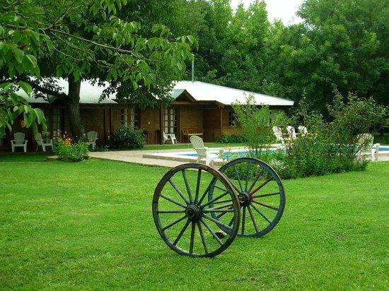 Hosteria y Cabanas Piedra y Camino