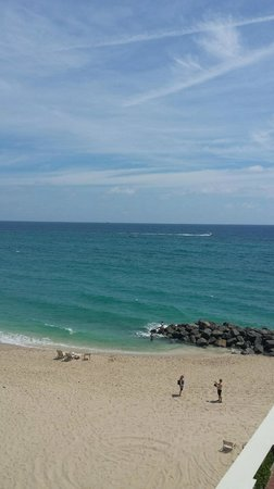 The Breakers: easy going beach
