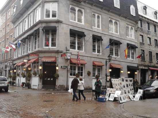 Old Montreal: Bar