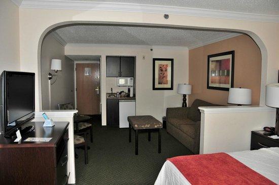 BEST WESTERN PLUS Ambassador Suites Venice: Suite