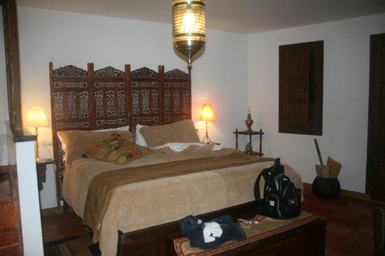 Solar Montes Claros: Sumeria Room - comfortable bed
