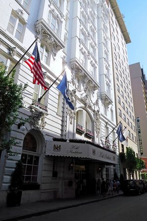 Hotel Monteleone: HM From Royal Street