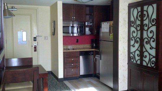 Residence Inn San Diego Downtown/Gaslamp Quarter: kitchenette