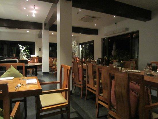 Renaissance Koh Samui Resort & Spa: Banyan Restaurant