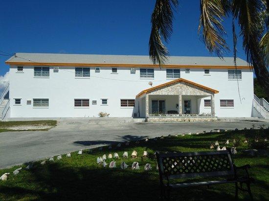Entrance - Picture of Orange Creek Inn, Cat Island - Tripadvisor