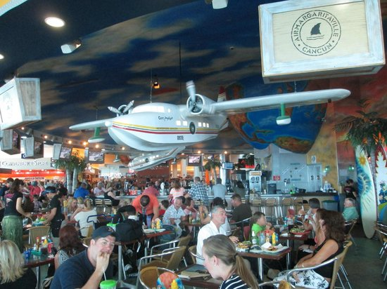 Barcelo Maya Palace Deluxe: Margaritaville in the Cancun Airport