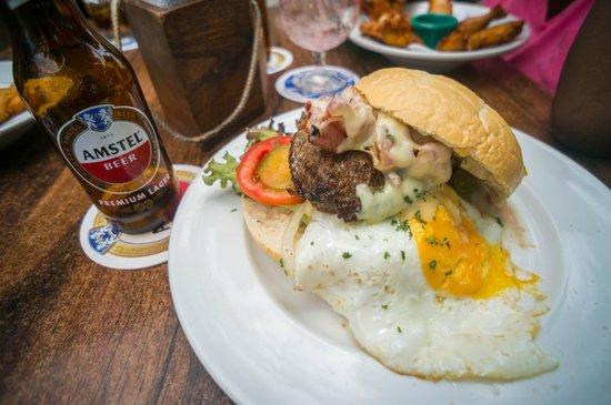 Plein Cafe Wilhelmina: Deluxe Burger