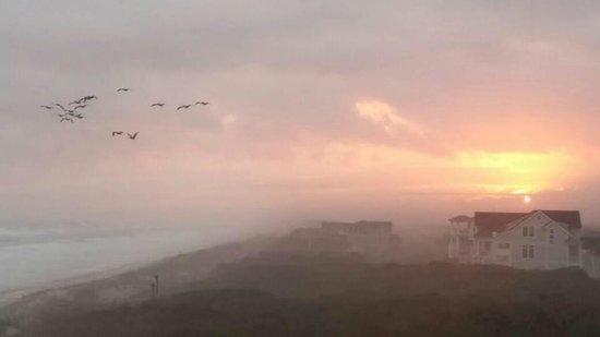 Atlantis Lodge: Beautiful Sunset