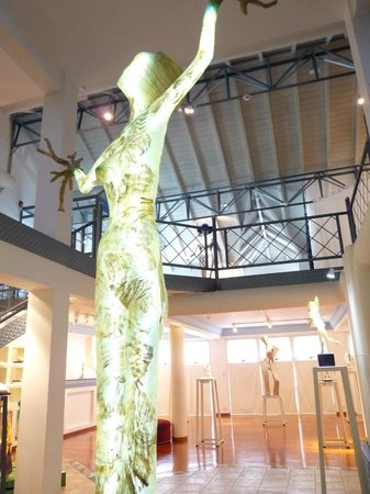 Museo de Arte Contemporaneo Lucy Mattos