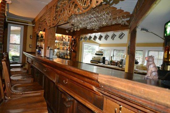 Bernerhof Inn Bed and Breakfast : Pub/bar