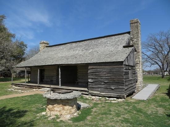Lyndon B. Johnson National Historical Park: Cabin at boyhood home unit/Johnson City
