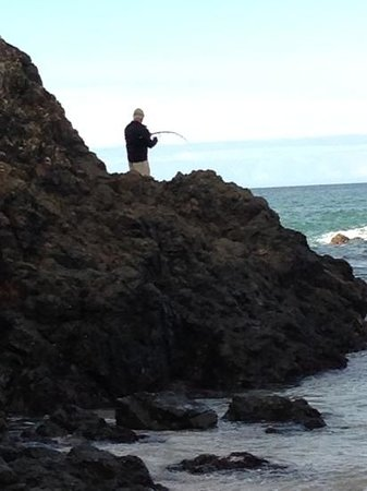 "The Lodge at Kauri Cliffs : Fishing from ""Pink Beach"""