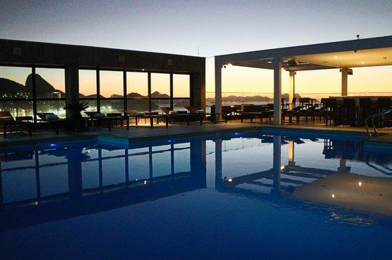 Pestana Rio Atlantica Hotel: piscina