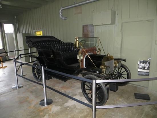Lyndon B. Johnson National Historical Park : Antique Ford