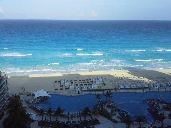 Hard Rock Hotel Cancun: day one